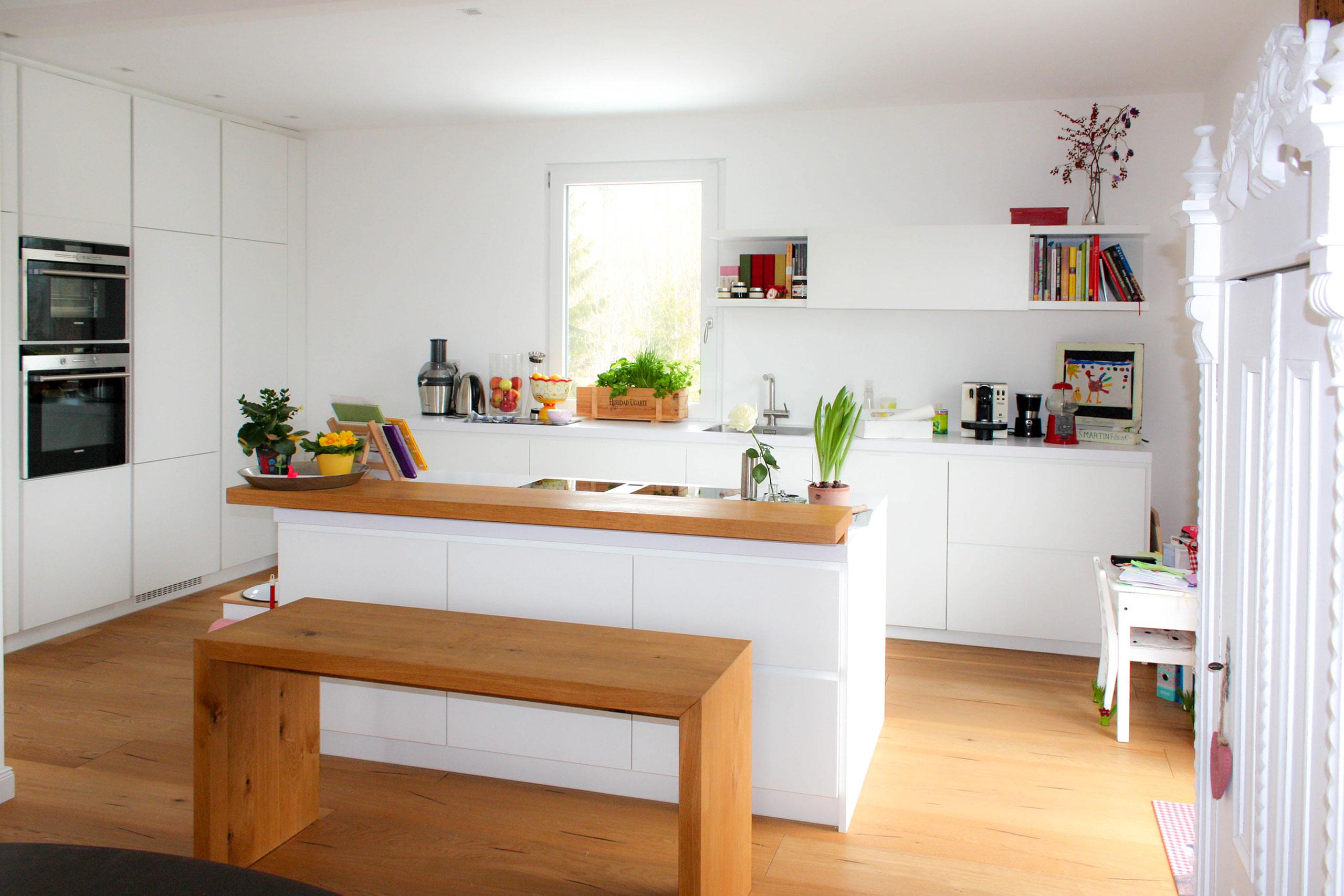 wei k chentheke m belwerkstatt boos. Black Bedroom Furniture Sets. Home Design Ideas